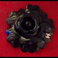 "CHANEL Брошь ""Черный цветок"""