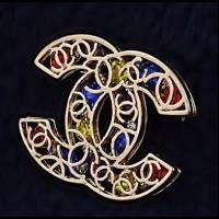 "CHANEL  Брошь ""Логотип""-3"
