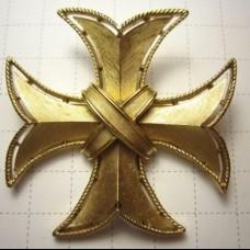 """TRIFARI  Брошь-кулон винтажная """"Мальтийский крест"""""""